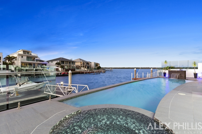 46 THE PENINSULA ,  Sovereign Islands, QLD